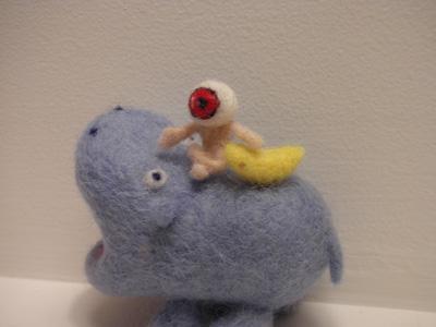 Medama Oyaji on a hippo